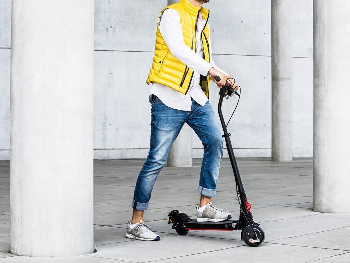 e-Scooter Moovi StVO zur Miete bei GroverGo